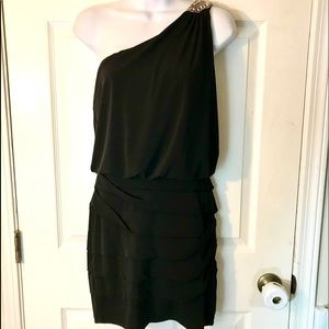🌈City Triangles Size Small Lovely Dress!